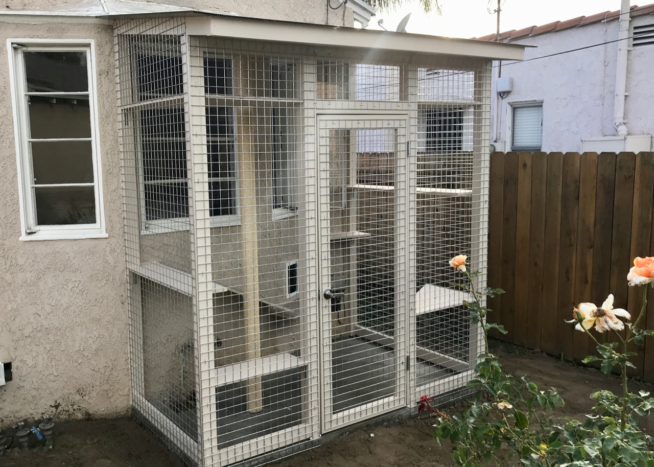 Glendale Catio Cat Enclosure with Sun