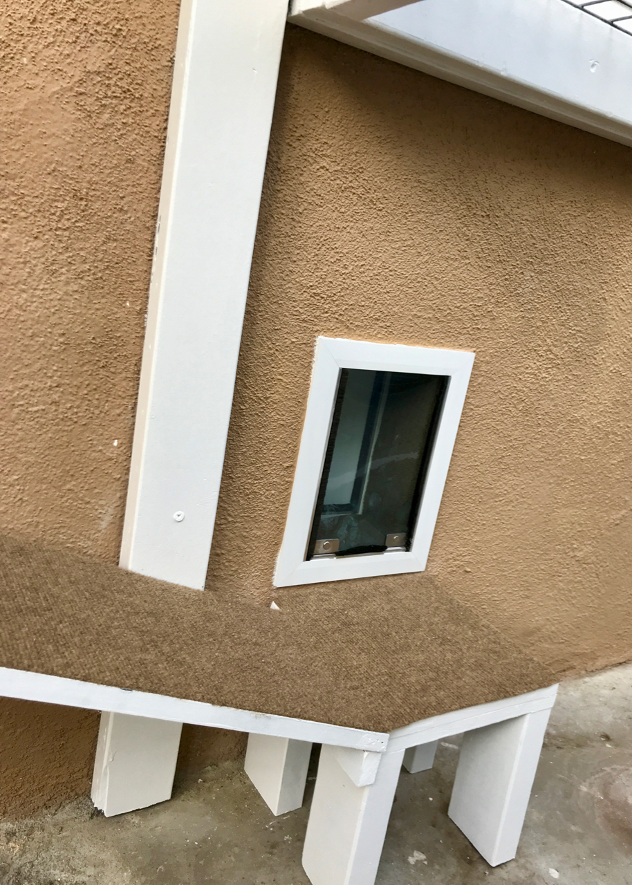 Studio City Catio Cat Enclosure Pet Door